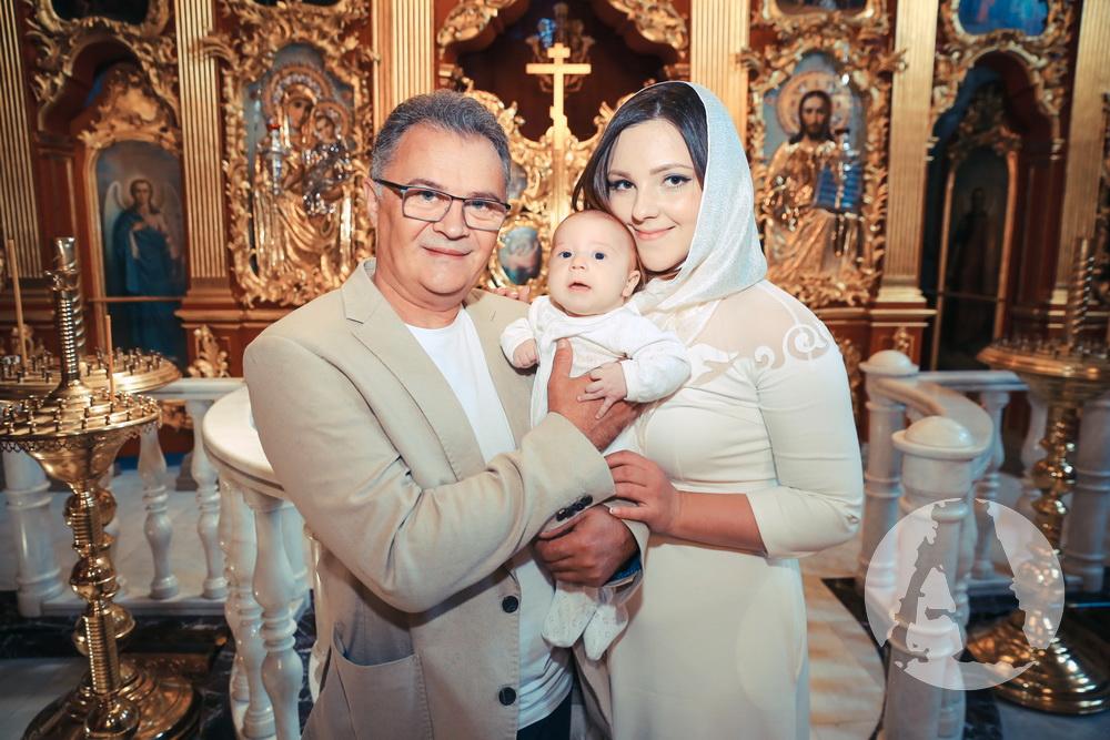 Юрий Фалеса крестины сына фото