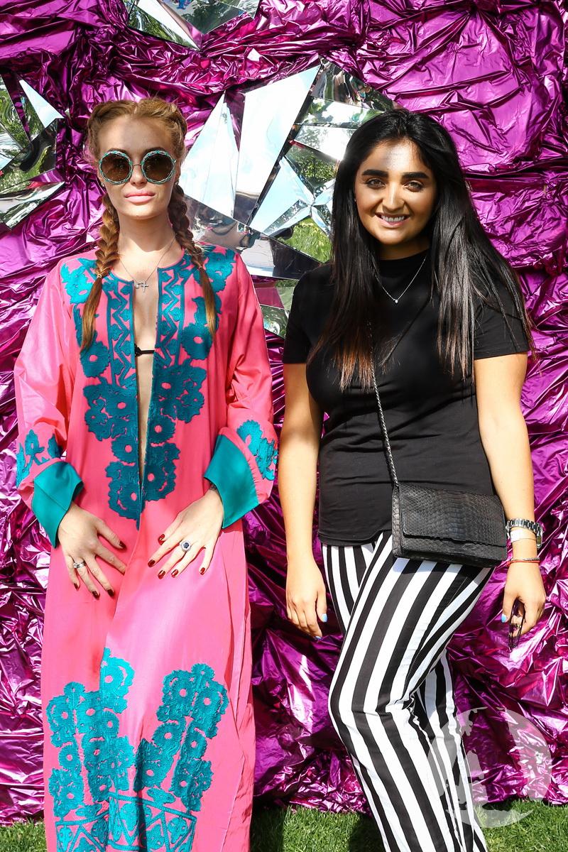 Слава Каминская и Эльвира Гасанова на Flamingo Pool Party2 фото