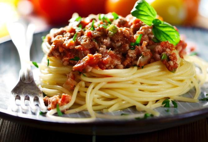 spagetti-boloneze
