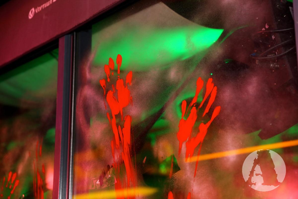 кровавые отпечатки хэллоуин