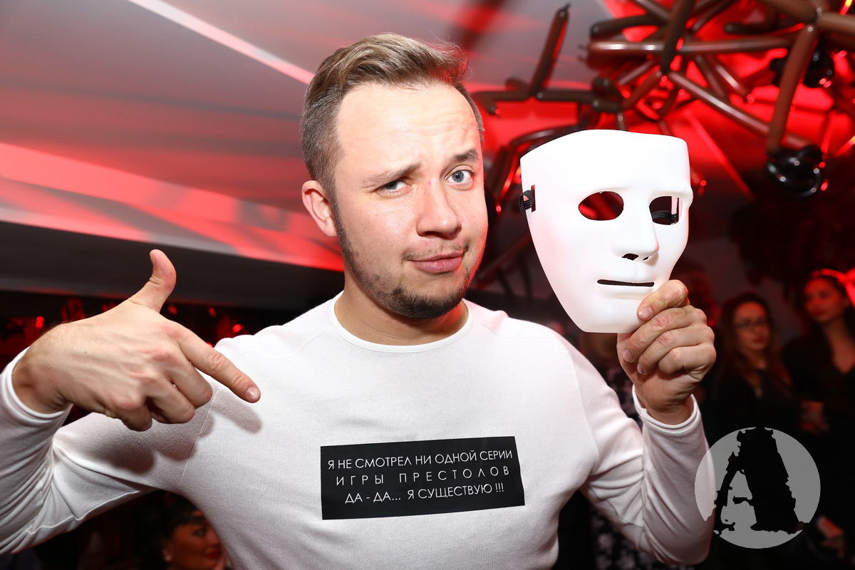 Артем Гагарин в ресторане «Сейф» фото
