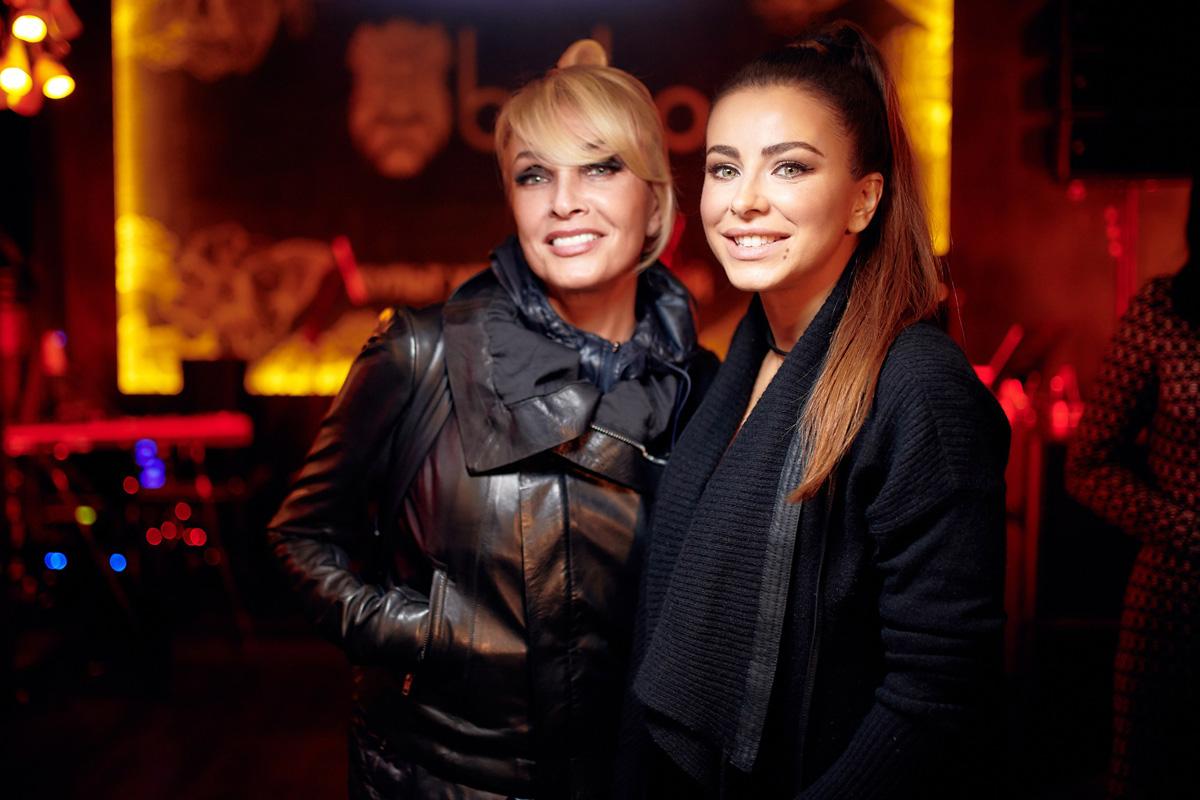 Лайма Вайкуле и Ани Лорак в ресторане «BOHO» фото