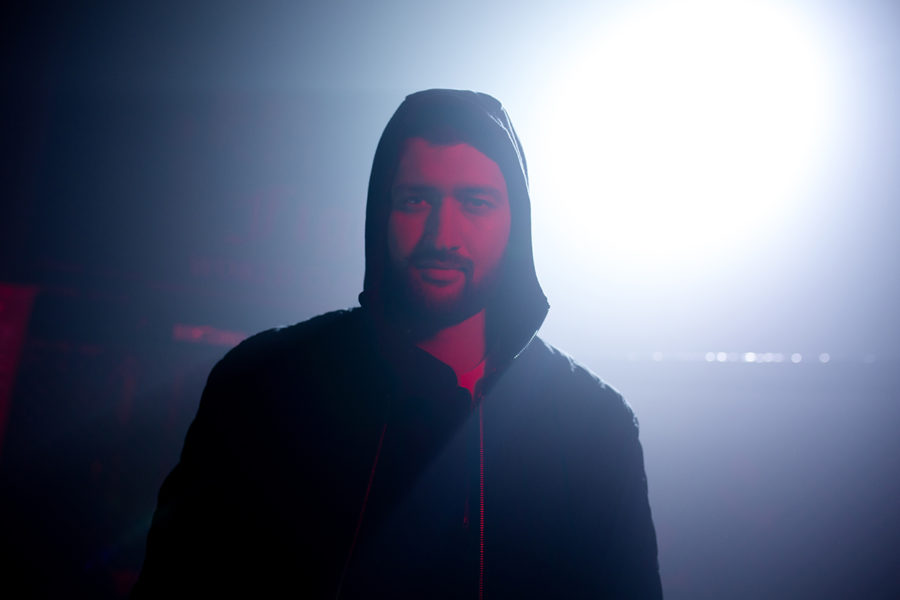 Тамерлан кадр из клипа Тамерлан «Покопокохала»