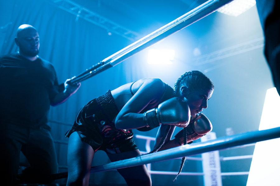Алена Омаргалиева на ринге фото