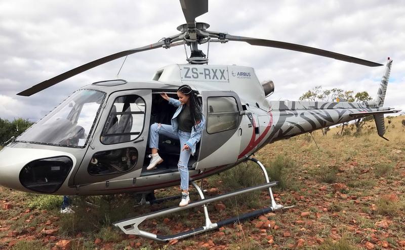 в вертолете фото