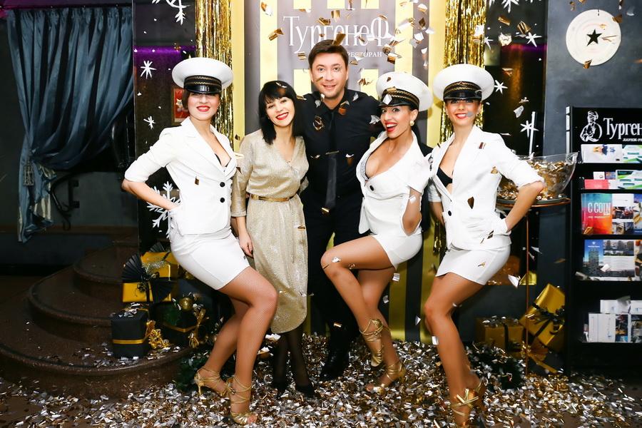 шоу-балет «GOLDEN LADIES» и Сергей Дмитриев на «Black&Gold New Year» фото