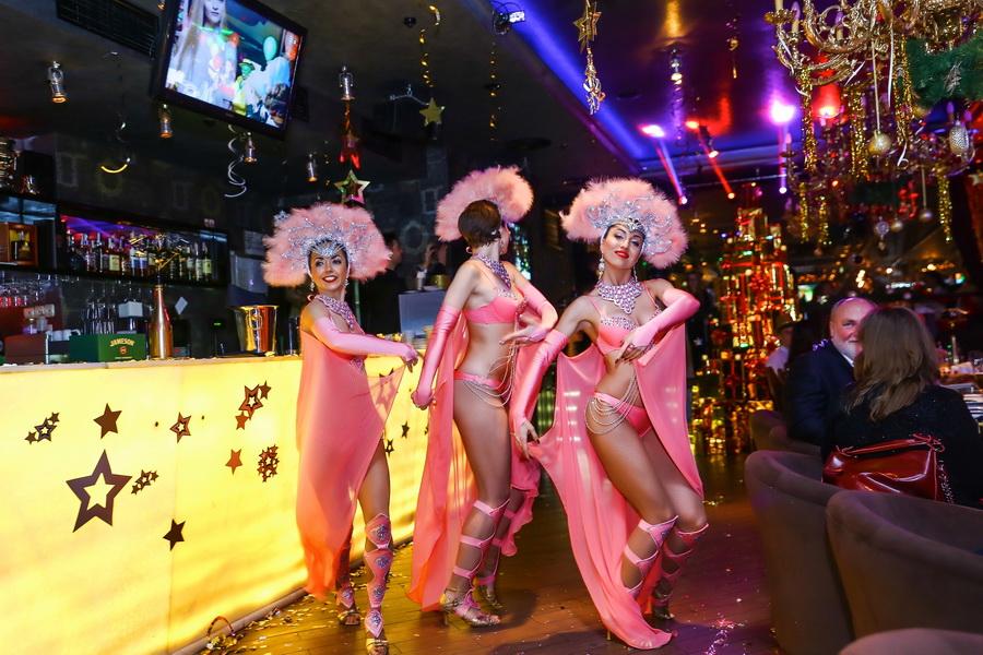 """шоу-балета «GOLDEN LADIES» выступление в ресторане """"тургенеф"""""""