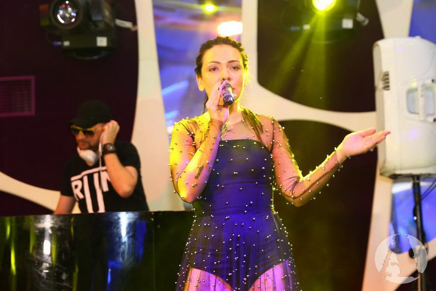 певица Полина Крупчак выступление в клубе Indigo фото