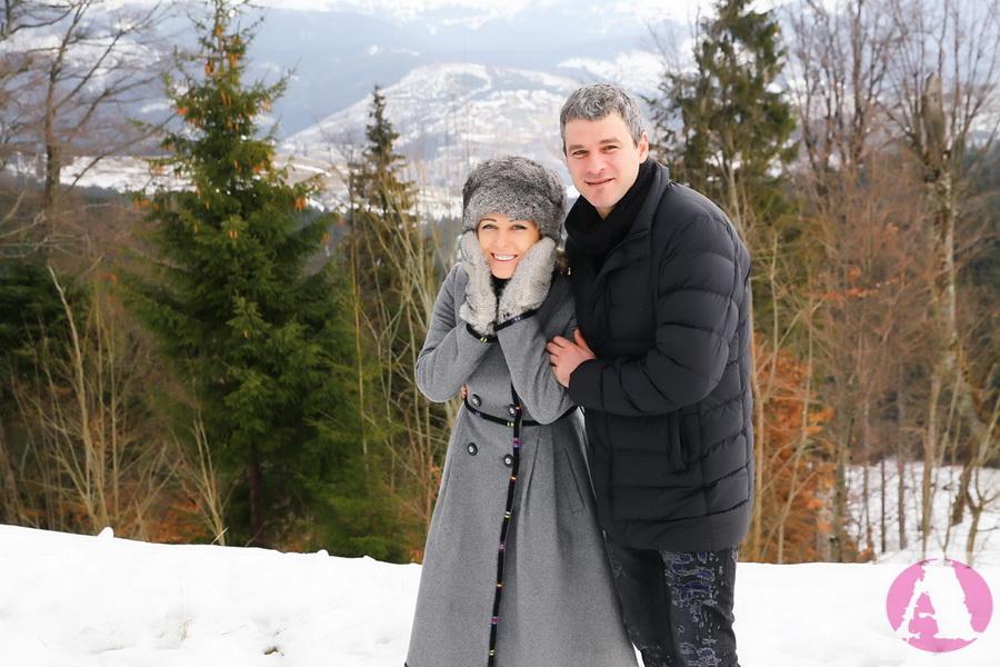 Тоня Матвиенко и Арсен Мирзоян на Рождество в Карпатах фото